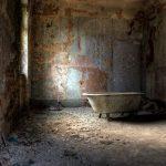 Alte Badewanne - Steht im Badehaus der Beelitzer Heilstätten - Jahr 2008