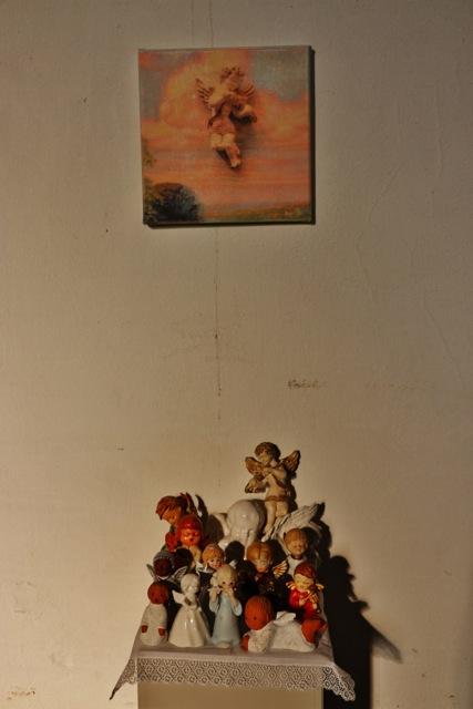 ausstellung-persoenliche-altaere-marienkirche-fotos-a-loschen-009-853x1280